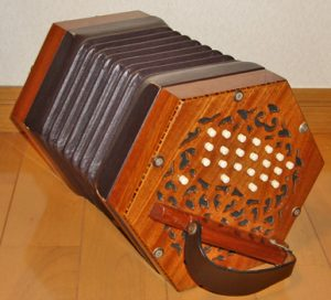 concertina accordeon